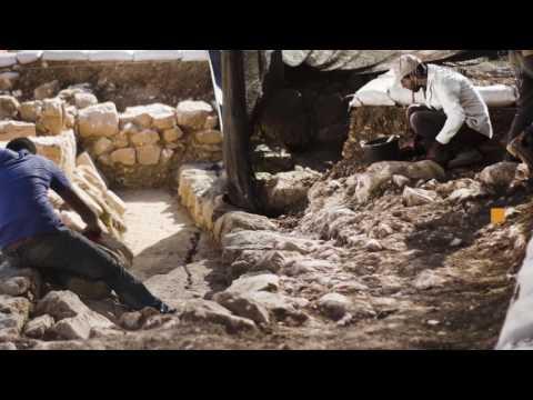 Byzantine Coin Hoard Unearthed Near Jerusalem