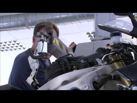 Alpha Racing BMW S 1000 RR Building Process