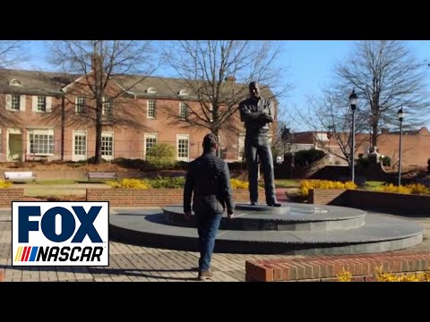 Jeff Gordon visits Dale Earnhardt's statue, explains his No. 3 tribute: 'I miss him' | NASCAR on FOX