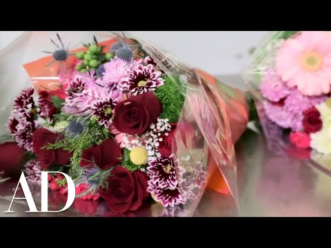 How to Design a Flower Arrangement from a Pre-Made Bouquet with Oscar Mora | Architectural Digest