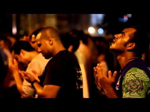 الشيخ حاتم فريد ربي ما أرحمك دعاء ليلة 27 رمضان بمسجد القائد إبراهيم مع أكثر من مليون مصلى