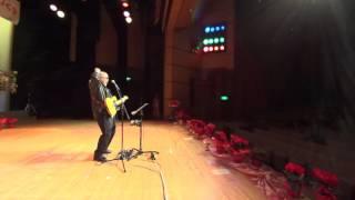 2015年11月22日のひたちなか市文化会館小ホールでの演奏の最後...