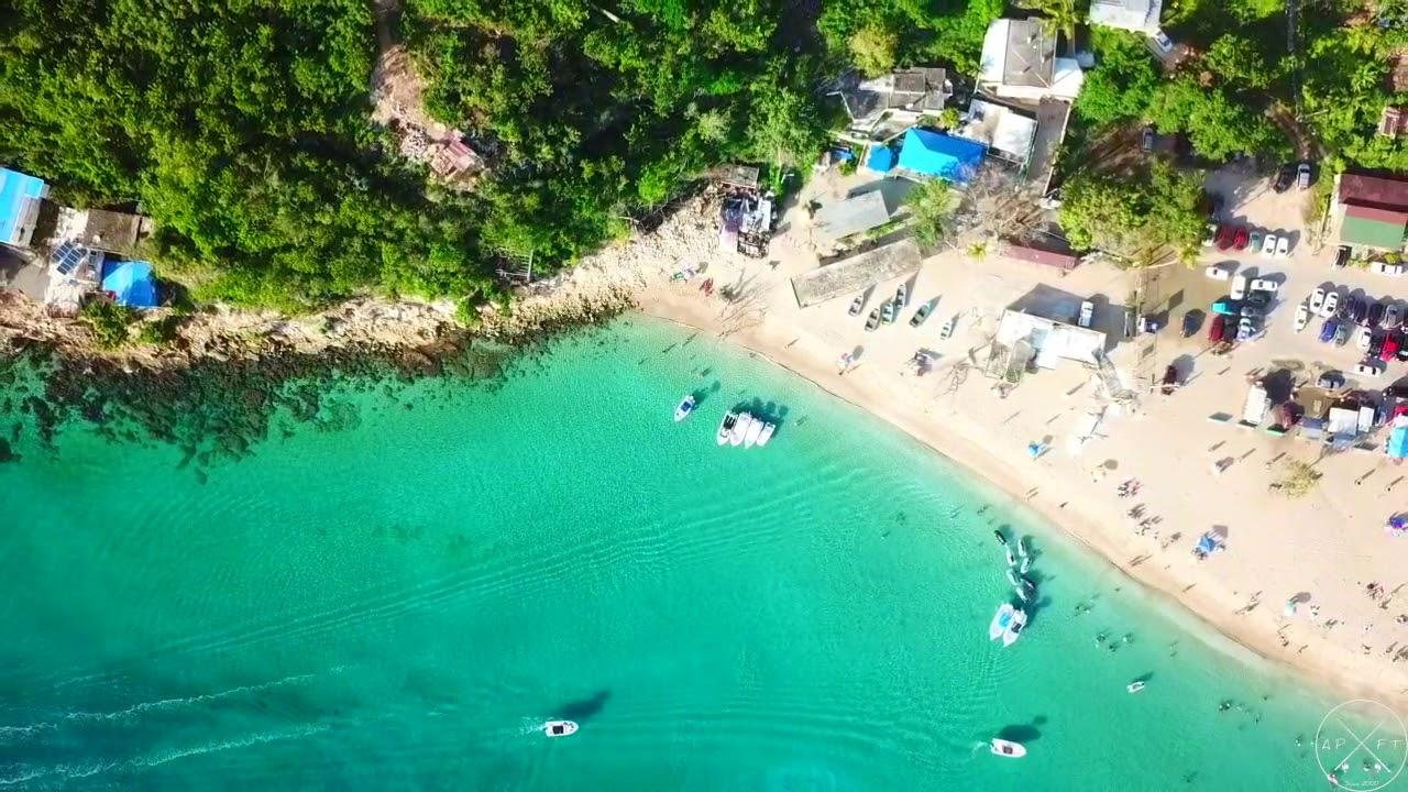 Crash boat beach aguadilla Puerto Rico by Yefry calderon