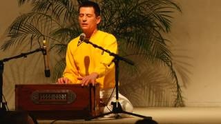 Hare Krishna Maha-Mantra with Atmamitra