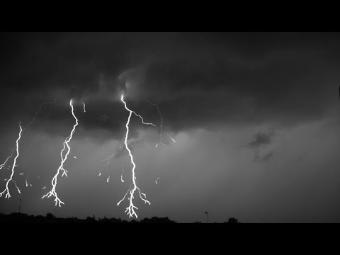 Download Youtube: Lightning recorded at 7000 FPS