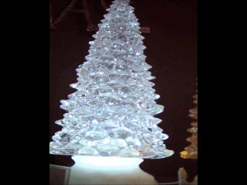 sapin de noel lumineux effet boule neige led blanc froid sur piles youtube. Black Bedroom Furniture Sets. Home Design Ideas