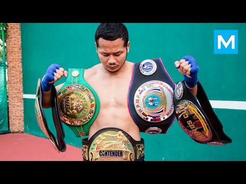 Yodsanklai Fairtex Muay Thai Training   Muscle Madness