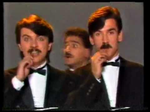 komedi dans üçlüsü