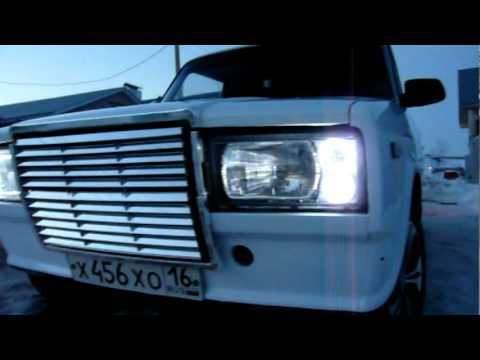 Lada 2107 (ваз-2107 «жигули») — советский и российский заднеприводный автомобиль iii группы малого класса с кузовом типа седан, одна из последних моделей «классики», выпускавшаяся на оао «волжский автомобильный завод/автоваз» с марта 1982 года по 17 апреля 2012 года.
