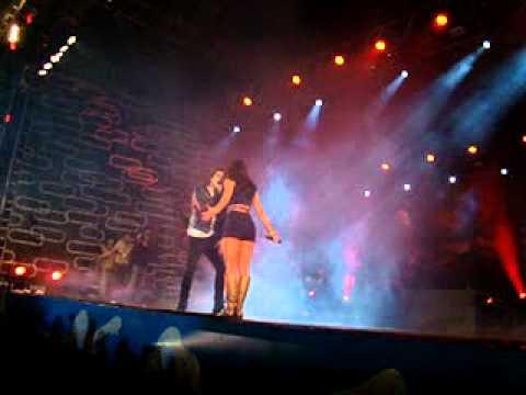 Show Rebeldes Brasília 06/07/12 - Dueto Mel e Chay