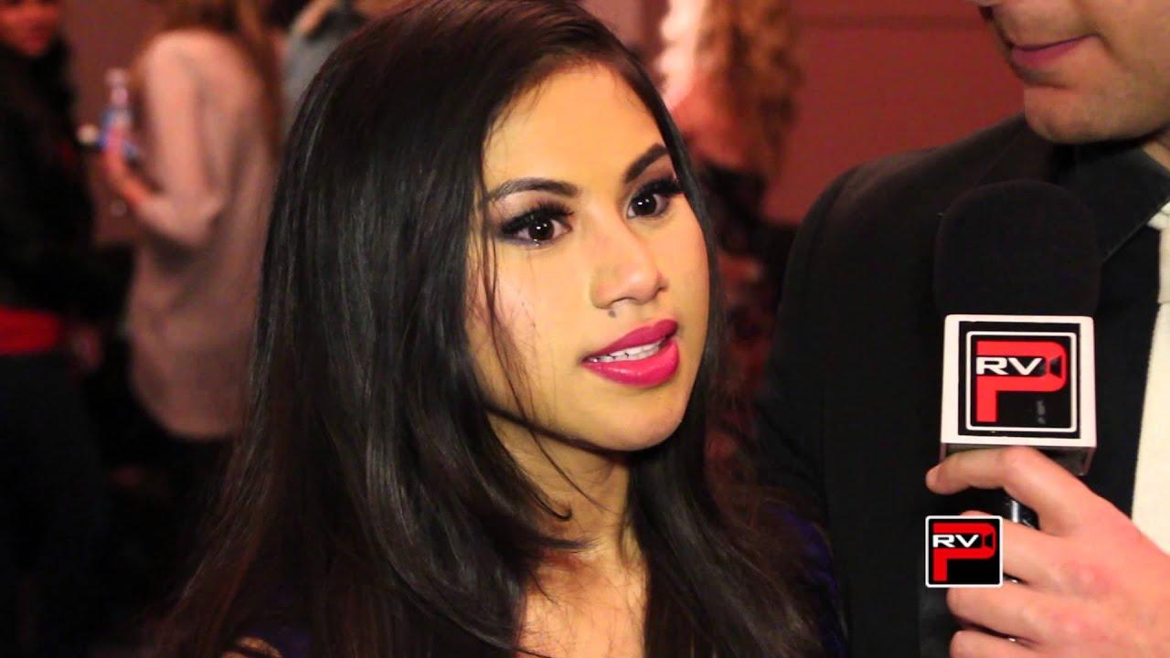 Ellona Santiago dating