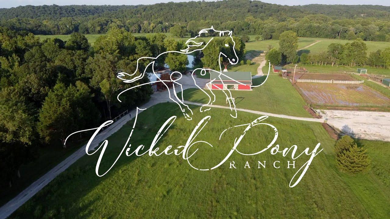 Wicked Pony Ranch - Missouri Wedding Venue