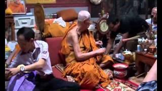 交收佛牌實況 佛牌佛像介紹 Thai Wong Buddha Shop Video 劉先生 Edmond Lau 聯絡: 9259 9898