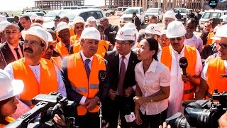 وزير الصناعة والمناجم عبد السلام بوشواب زيارة مشروع إنجاز مصنع الأسمــنت بتمقطن آولف