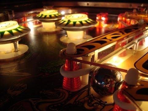 Bally's 1978 Lost World Pinball Machine - Gameplay, Artwork Video