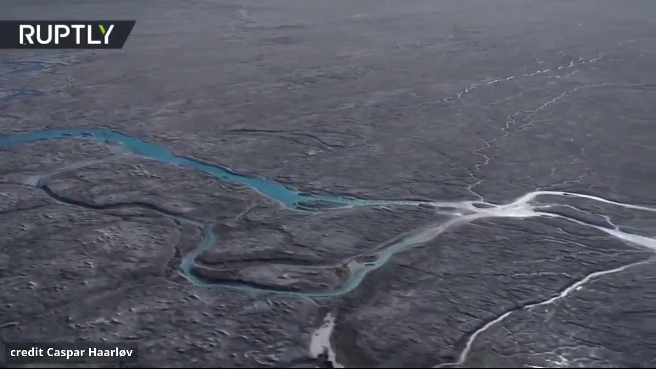 شاهد.. ذوبان 11 مليار طن من الجليد بغرينلاند في يوم واحد!