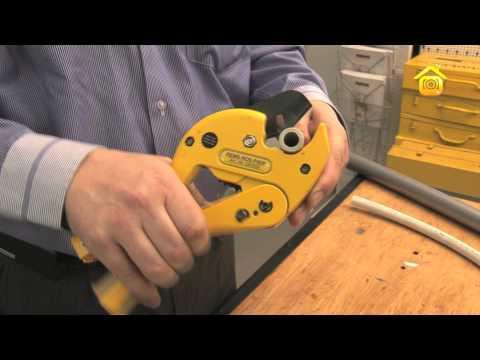 видео: Работа с пластиковыми трубами  // forumhouse