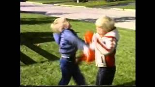 Video 5 Year Olds Boxing (1986) download MP3, 3GP, MP4, WEBM, AVI, FLV Juli 2018