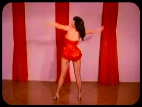 BettyPage & Blundetto – Treat Me Like That