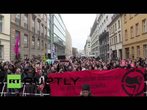 Germany: Thousands march in Berlin against Merkel's refugee policies