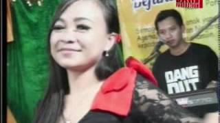 Video Simpang Limo Ninggal Janji Voc. Kiki Bukan Fatmala  XENIA ENTERTAINMENT download MP3, 3GP, MP4, WEBM, AVI, FLV Oktober 2017