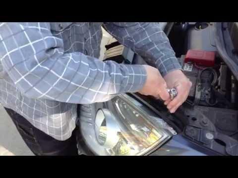 Как снять переднюю фару на рено меган 2