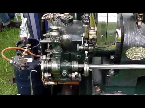Deutz Hit and Miss Stationärmotor / Stationary Engine / Standmotor from YouTube · Duration:  2 minutes 28 seconds