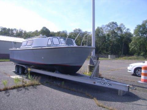 1985 monark boat co 14 person capacity 26 foot boat on