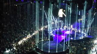 Carrie Underwood Tulsa Oklahoma Church Bells