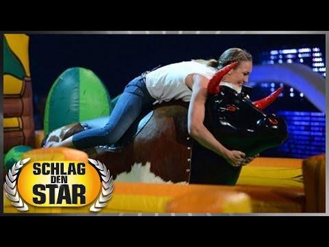 Heißer Ritt auf dem Bullen  Schlag den Star mit Christine Theiss