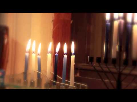 Baruch Levine - Chasoif - Channukah Candle Time Lapse