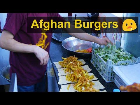 Afghanistan Street Food - Delicious Pakiza Burgers in Kabul 2019
