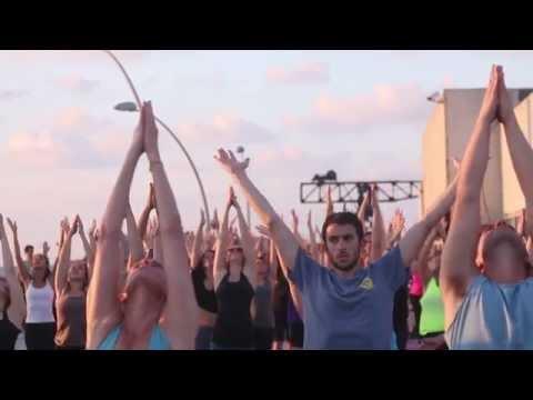 Open-Air Yoga In Tel Aviv's Port