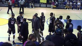Hampton vs Phoebus (Recruits Troy Williams and Anthony Barber go head to head) 4th Quarter