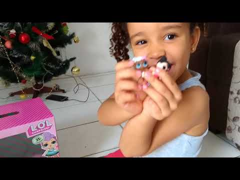 LOLL SURPRISE! ISABELLE ABRINDO SUAS LOLL NO NATAL!