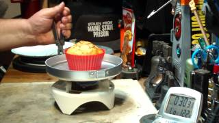 Dry Baking Betty Crocker Banana - Nut Muffin Using A Silicon Baking Cup