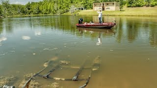 How to Load Your Boat With a Trolling Motor