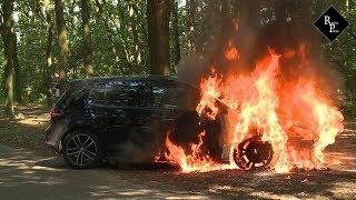 Golf GTE brand uit aan Vijverlaan in Waalwijk, bestuurder gewond