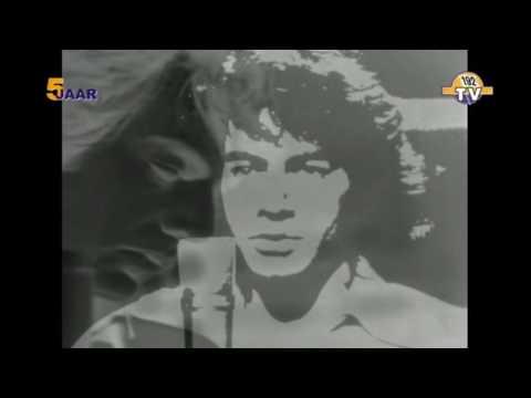 Neil Diamond Sweet Caroline 1969