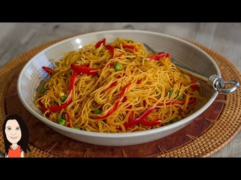 EASY Curried Singapore Rice Noodles - No Oil Low Fat Recipe!