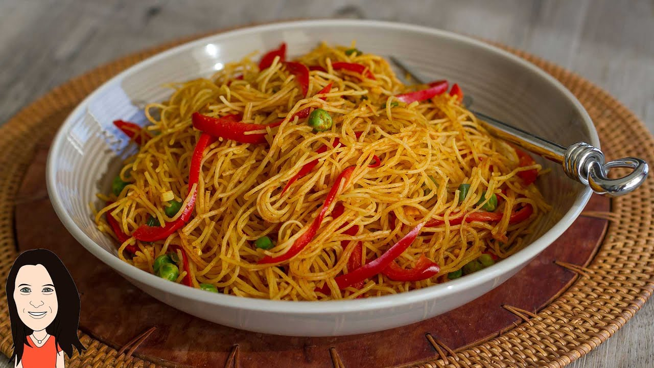 EASY Curried Singapore Rice Noodles - No Oil Low Fat Recipe! - YouTube