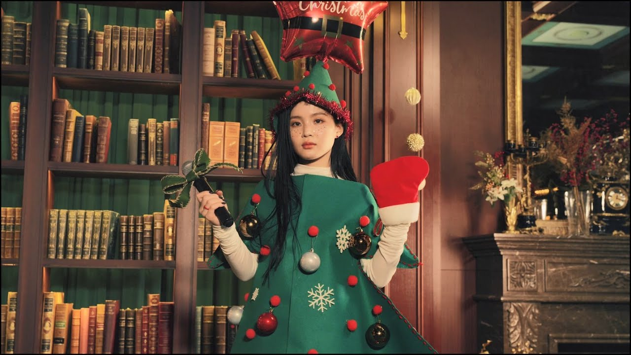 Lee Hi brings you a medley of Christmas songs | allkpop