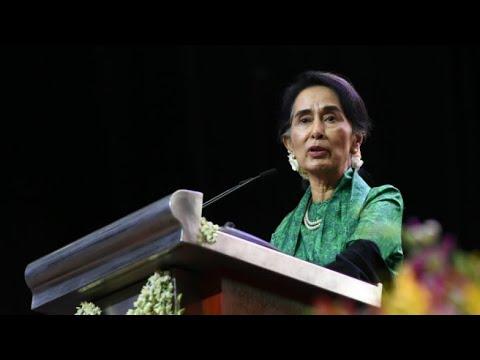Rohingya crisis: International pressure mounts on Burma's Suu Kyi