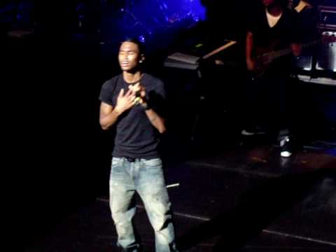 Trey Songz - Yo Side Of The Bed @ AB Brussels BE 02-06-10