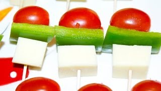 Christmas Appetizers: Mini Veggie & Cheese Skewers!