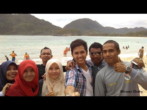Becoming A Tour Guide for Thai Tourists in Lampuuk Beach