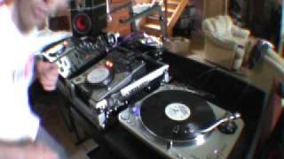How to do a spin back on a VINYL TURNTABLE video 6,
