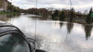 Inondations historique Pierrefonds, intersection St-jean et Blvd pierrefonds