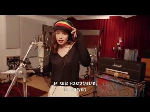 Game of thrones - Emilia Clarke est Rastafarian Targaryen (VOSTFR)