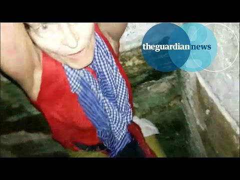 Tourist rescued from well in India after selfie accident